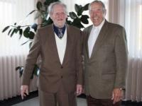 Aloyzas Vaitkus (kairėje) ir Adomas Ašmontas apie tremtį žino ne iš pasakojimų ar knygų – ją teko patirti patiems.