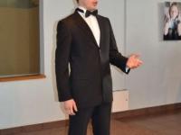 Andrius Apinis (tenoras)