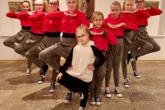Vaikų šiuolaikinio šokio grupė MISTIKA, vadovė Toma Ramonė