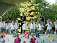Kėdainių kultūros centro vaikų popchoras PERLIUKAS (vadovė Daiva Makutienė). 2014