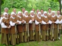 Kėdainių kultūros centro Vilainių skyriaus vyresniųjų liaudiškų šokių grupė VOLUNGĖ